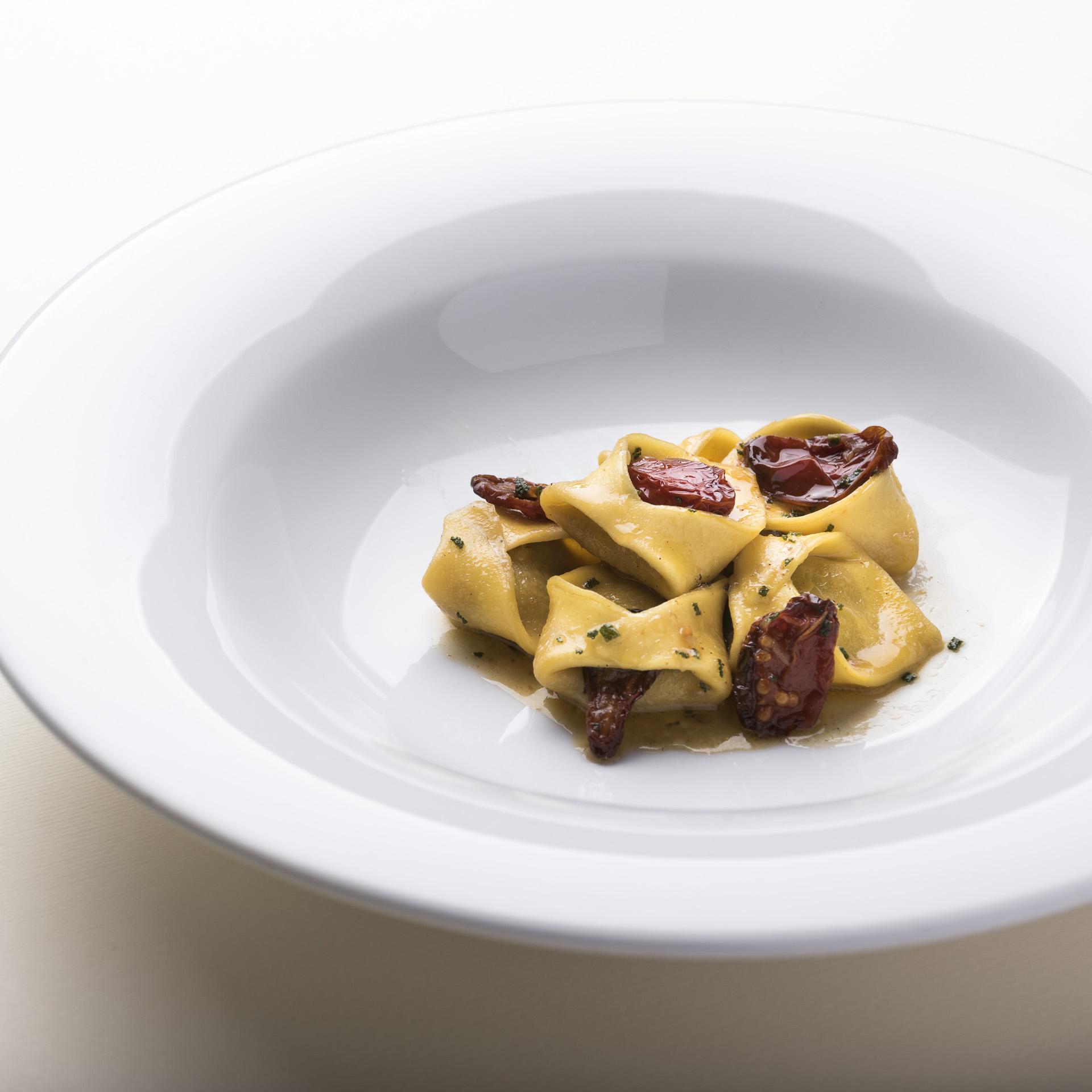 ristorante_massenzio_ravioli_oca_ristorante_massenzio_paccchero_spigola__DSC9083_sito